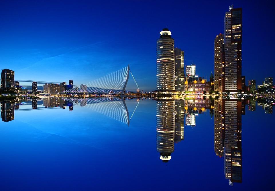 Rotterdam-1598418 960 720 (1)
